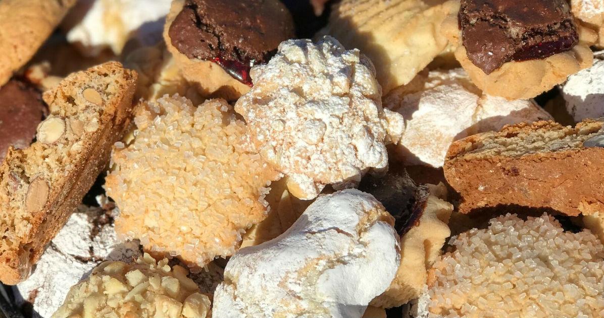 Rito\'s Italian Bakery & Deli - Cannoli\'s, Cakes, & Cookies