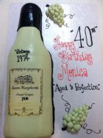 wine_bottle_cake2-2.JPG